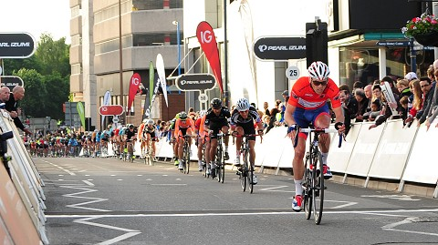 2013_TourSeries_Woking_Barker