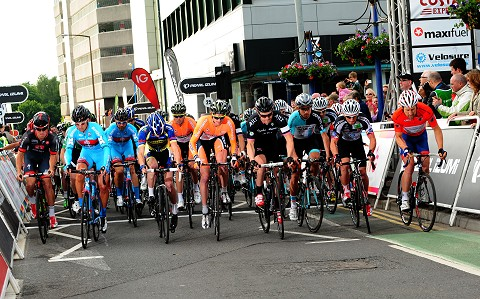 2013_TourSeries_Woking_Mens_Start
