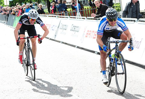 2013-RRChamps_TomStewart_RusDowning