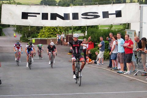 2013_Cheltenham_Bevis_win