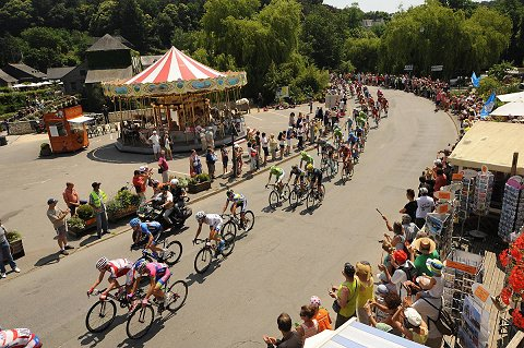 2013_TDF_Stage10_Scenic_01