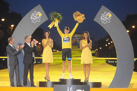 2013_TdF_Stage21_Froome.2jpg