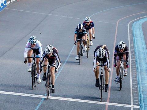AEphotos-AE-Aug13_A653127 womens final finish