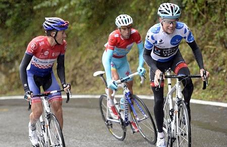 2013_VueltaStage14_Nibali_Horner (2)