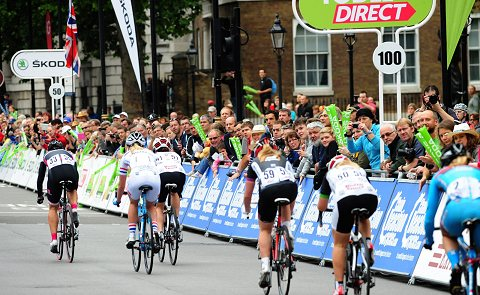 2013_ToB_Support_WomensTour2