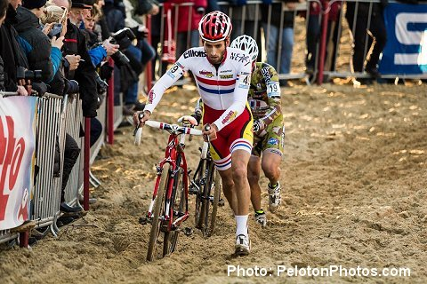 2013_Koksijde_WC_Cross_Field02