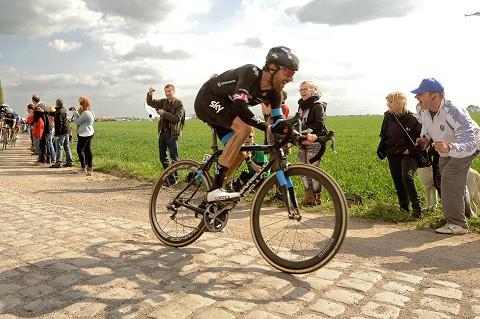 0029_Roubaix14_Bradley_WIGGINS_GBr_asoPhSpt