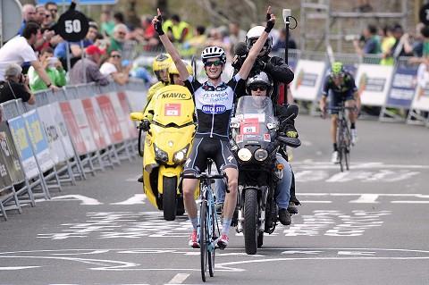 100414-OPQS-Vuelta-Pais-Vasco-Stage-4-Poels-Arrival