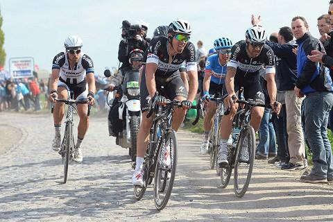 130414-OPQS-Paris-Roubaix-Terpstra-Action-_Tim-De-Waele
