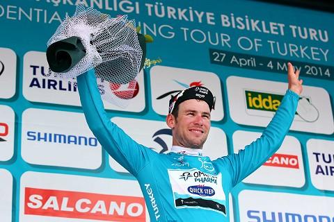 280414-OPQS-Tour-of-Turkey-Stage-1-Cavendish-Podium-Leader