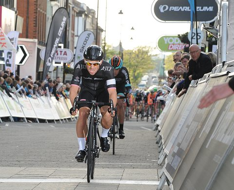 2014_TourSeries_Barrow_34