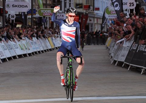 2014_TourSeries_Peterborough_Men00