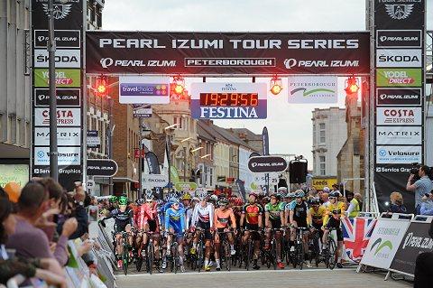 2014_TourSeries_Peterborough_Men01