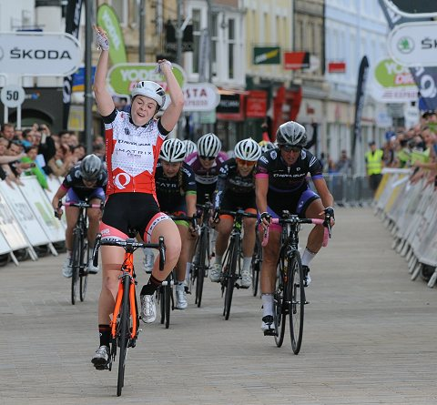 2014_TourSeries_Peterborough_Women01