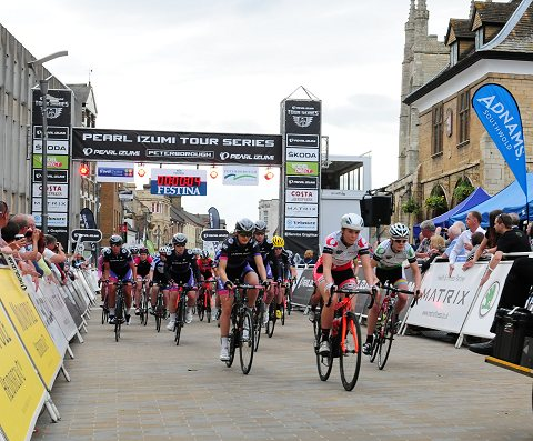 2014_TourSeries_Peterborough_Women05
