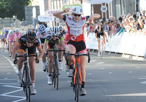 2014_TS_Woking_women12