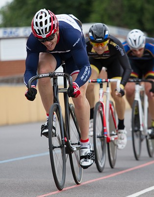 Pete Mitchell (Performance Cycle Coaching) leads the chase in the RaceWare Direct 20k scratch race-3