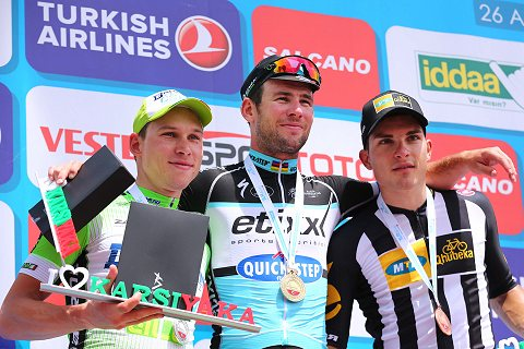 020515-Tour-of-Turkey-Stage-7-Cavendish-Podium-_c_-Tim-De-Waele