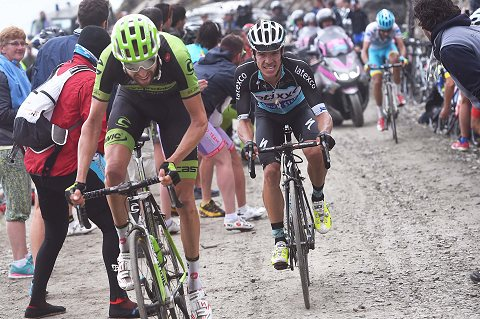 300515-Team-Etixx-Quick-Step-Giro-Stage-20-Uran-action-_Tim-De-Waele