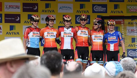 2015_WomensTour_Stage1_01