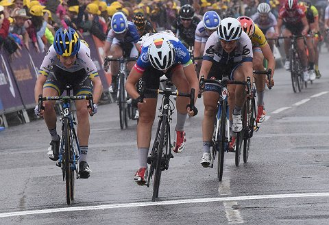 2015_WomensTour_Stage4_09