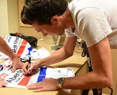 Bibby_Signing